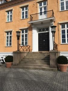 Lottenborgvej, Psykologisk klinik.